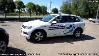 Антон Воротников Полноразмерные кроссоверы Полноразмерные кроссоверы - BMW X5 против Volkswagen Touareg.