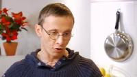 Ешь и худей! Сезон 1 Выпуск 40. Витаминный салат из краснокочанной капусты с имбирной заправкой.